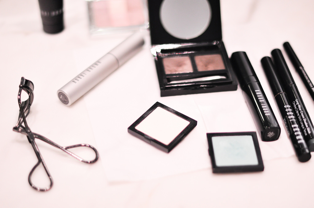 bobbi brown smokey eyes